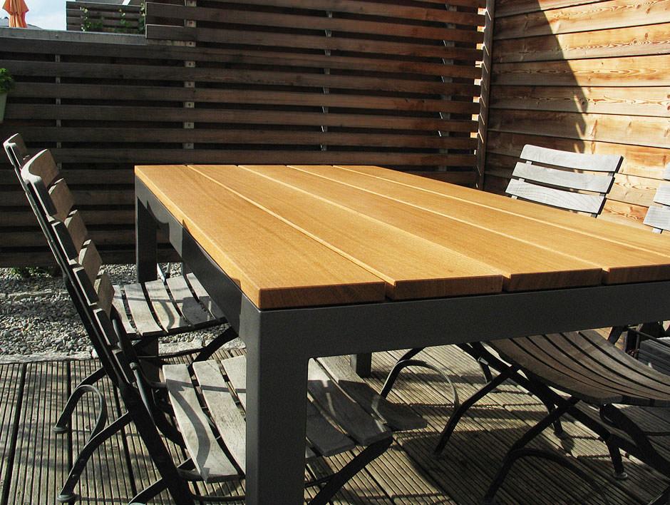Gartentisch In Eiche Und Stahl Mobelmanufaktur Henschel