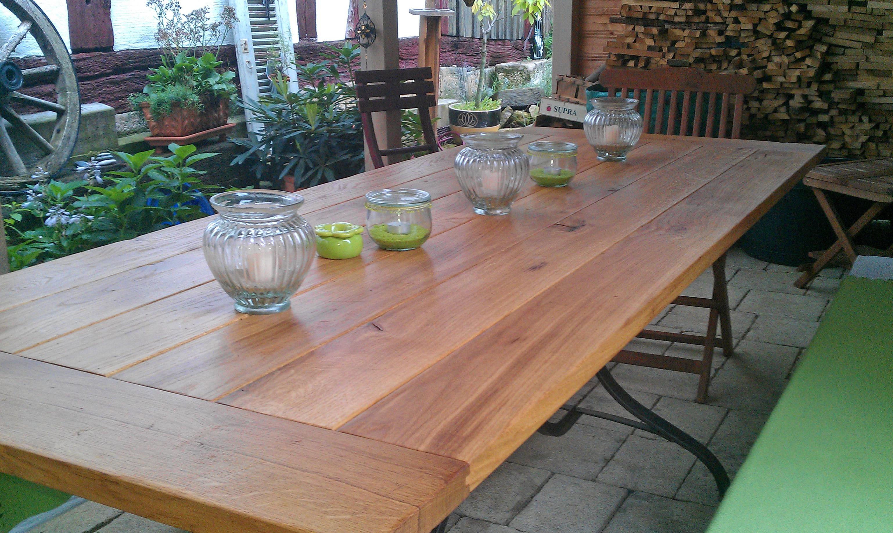 Gartentisch in Eiche Altholz